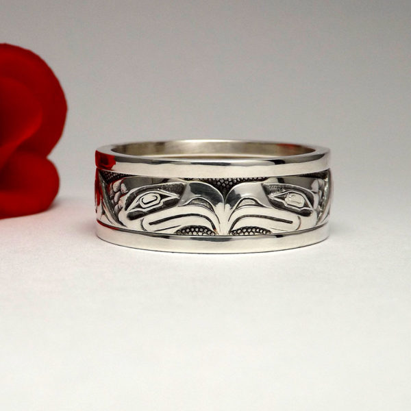 Native Art Ring, Engraved Eagle, White Gold Band, Front